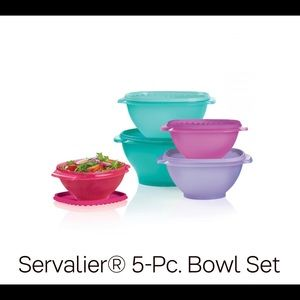 Servalier Tupperware set